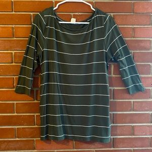 FREE WITH PURCHASE Ivy Rose 3/4 Sleeve Tee Size M